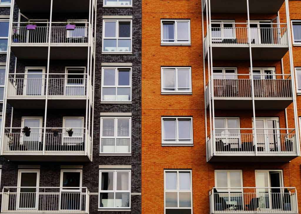 apartment-architecture-balcony-building-129494