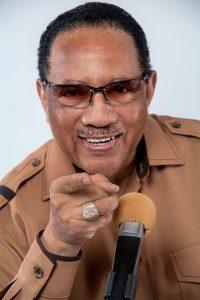 Dr Bobby Jones