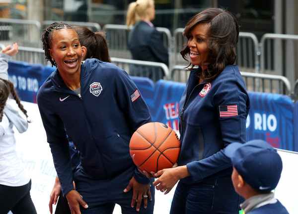 Michelle+Obama+Tamika+Catchings+100+Days+Games+bYDV1qOzUscl