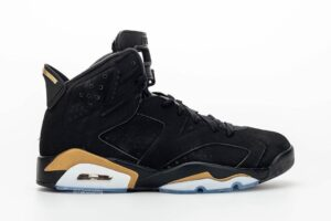 air-jordan-6-retro-dmp-defining-moments-pack-black-metallic-gold-CT4954-007-release-date-15