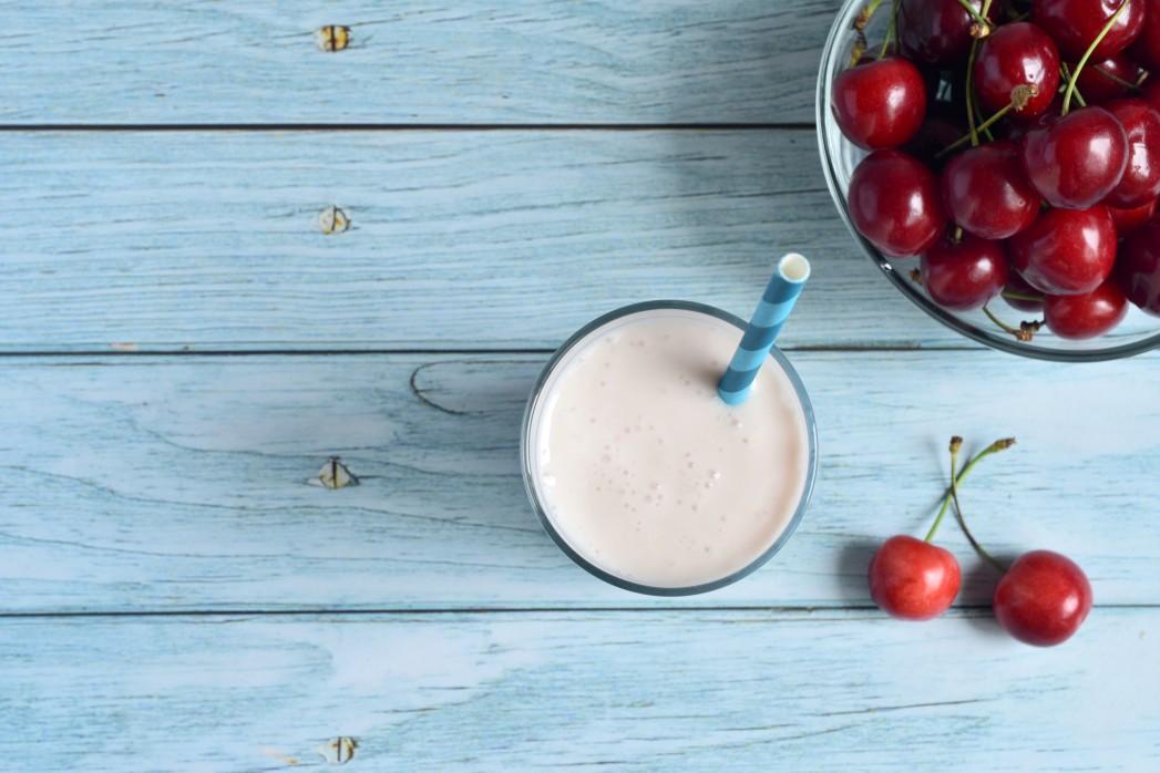 healthy-eating-food-and-drink-drink-healthy-yogurt-milk-health-healthy-food-dairy-product-milkshake_t20_1d7PeN (1)